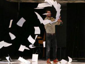 Tasnádi Bence az Ahogy tetszik c. előadásban Fotó: Kiss Zoltán